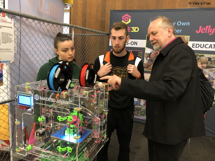 California: Maker Faire Bay Area. Valeria e Francesco stampante 3D