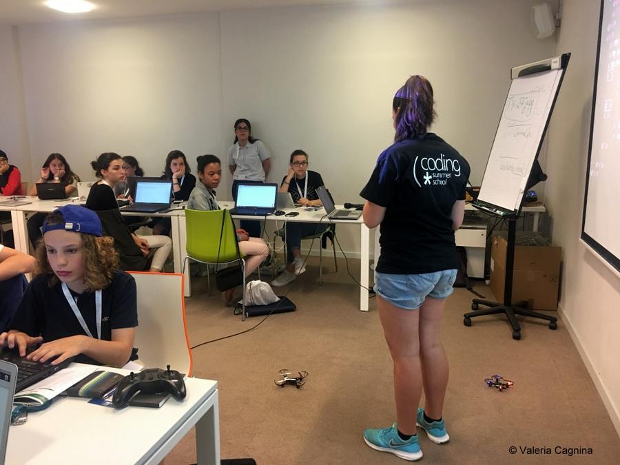 summer camp della Boeing bruxelles droni mentor